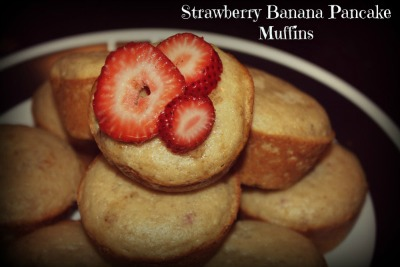 Strawberry-Banana-Pancake-Muffins